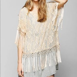 Staring At Stars UO Lace Fringe Tunic Top